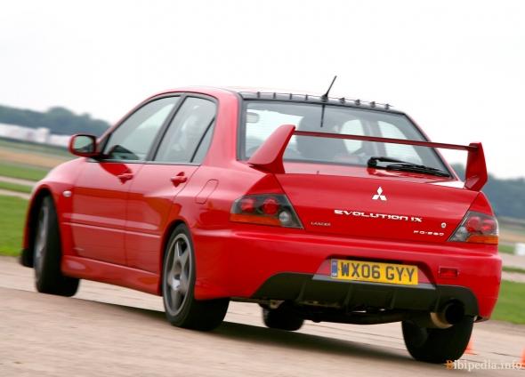 Все модификации автомобиля mitsubishi lancer evolution vii, 2001-2003 г выпуска